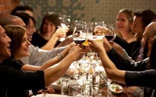 Тосты на свадьбу: прикольные, серьезные, на все случаи жизни